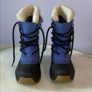 Lands' End snow boots size 12